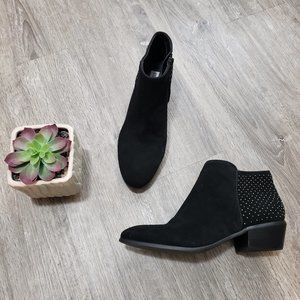 Steve Madden Black Suede Studded Ankle Booties 7